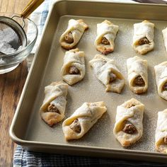 Hungarian Walnut Cookies Recipe -As a child, I always looked forward to eating these goodies at Christmastime. Now I make them for my own family. —Sharon Kurtz, Emmaus, PA Source by Look Walnut Cookie Recipes, Walnut Cookies, Coconut Cookies, Pistachio Cookies, Spritz Cookies, Holiday Cookies, Shortbread Cookies, Chip Cookies, Christmas Desserts