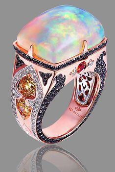 "❦ Kaia Jewlery. This glow is called - ""opalescence."" This ring is AWESOME ❤❤❤"