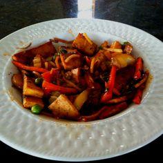 BBQ tofu chow mein