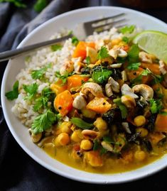 Vegan Pumpkin Curry with chickpeas and kale is creamy rich and delicious. Easy to make with simple spices and great year round! Pumpkin Curry, Vegan Pumpkin, Soup Recipes, Cooking Recipes, Vegan Vegetarian, Vegetarian Recipes, Chana Masala, Vegetable Recipes, Gluten Free Recipes