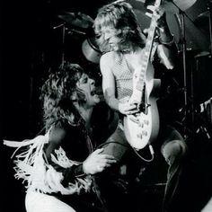 Randy Rhoads and Ozzy Osbourne. Music Pics, Music Photo, Santa Monica, Ozzy Osbourne Black Sabbath, Tribute, Heavy Metal Music, Rockn Roll, Rock Legends, Classic Rock