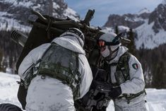 Italian Army, Warfare, Techno, Motorcycle Jacket, Weapons, Bags, Soldiers, Weapons Guns, Handbags
