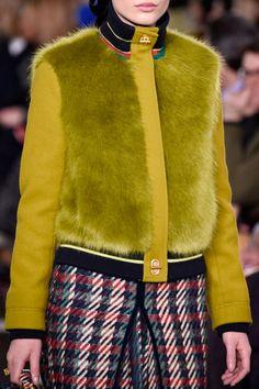 Bold Fashion, Fur Fashion, Vogue Fashion, Fashion Week, Winter Fashion, Fashion Outfits, Womens Fashion, Fur Bomber, Bomber Jacket