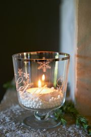 Let It Snow glaasje Cozy Christmas, Christmas Deco, Christmas Time, Home Candles, Candle Lanterns, Candle In The Wind, I Saw The Light, Beautiful Candles, Winter House