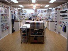 Awesome,andai punya craftroom like this. Ga bakal keluar rmh lg deh.