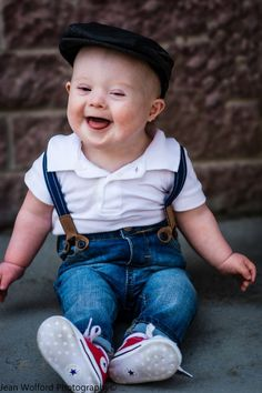 GORGEOUS CHILD as all children ARE! Child / Children Photography 9 month old red converse Down Syndrome beautiful … Cool Baby, Baby Kind, Precious Children, Beautiful Children, Beautiful Babies, Cute Baby Pictures, Baby Photos, Family Pictures, Cute Kids