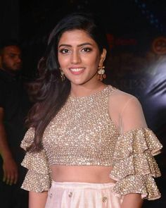 Eesha Rebba Photos at Zee Telugu Comedy Awards 2018 - Telugu Actress Netted Blouse Designs, Fancy Blouse Designs, Bridal Blouse Designs, Blouse Neck Designs, Blouse Patterns, Choli Designs, Lehenga Designs, Sharara Designs, Modele Hijab