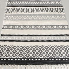 Blush, Grey and Copper Loom Weaving, Hand Weaving, Swedish Weaving Patterns, Weaving Projects, Weaving Techniques, Woven Rug, Rug Making, Floor Rugs, Home Textile