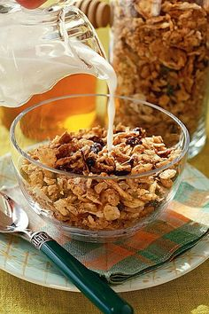 Rise and Shine Breakfast Recipes: Pecan-Coconut Granola