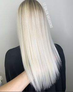 Balayage by #lesalonvagabond #blondpolaire #whitehair #nordicwhite #blondpolaire #balayagecalifornien #balayageblonde #blondexpert #blondcorrection #straighthair #coupefemme #coupefemme2019 #coupecheveuxlongs Long Hair Styles, Beauty, Hair Coloring, Living Room, Long Hairstyle, Long Haircuts, Long Hair Cuts, Beauty Illustration, Long Hairstyles