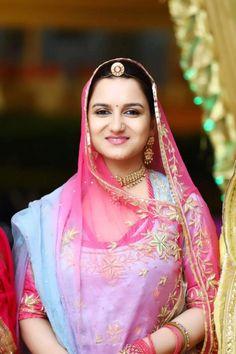 Rani devyani kumari of ramgarh Royal Indian Wedding, Indian Wedding Outfits, Royal Dresses, Indian Dresses, Rajasthani Dress, Petite Bride, Lehenga Gown, Saree, Rajputi Dress
