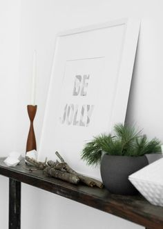 These 10 free pieces of printable holiday wall art are so fun! What an easy way to add framed holiday art to your seasonal decor. Just print and hang!