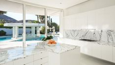 Great Luxury SoCal Home Celebrates The Endless Summer
