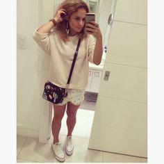 Dujour - BiancaCoimbra is wearing Converse Sneakers, Zara Bag, Ecletic Shorts, Zara Shirt and Novo Atelier Earrings