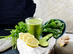 Green Detox Smoothie Recipe with cucumber, spinach, apple, ginger, lemon, cilantro & parsley
