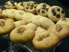 Freezer bikkies  I love this recipe!  I have logs of dough in the freezer so I can cook fresh biscuits for visitors.  So far I've used mini m'n'ms and almond slivers with a chai spice mix.  Yum yum yum. Family and friends love them...