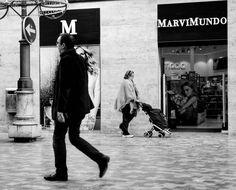 #streetphotography #streetphoto_bw #bw_photography #bw #bw_streetphotography #architecture #streetpic #streetphoto #monochrome  #blackandwhitephotography #monochrome  #blackandwhitephotographylovers  #blackandwhitephoto #blackandwhite#bnw_society #bnw #bw_lover  #bw_photography #sonycybershotdsc2000 #sonycamera