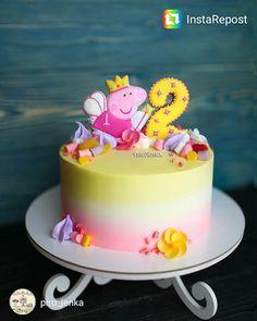 Tortas Peppa Pig, Bolo Da Peppa Pig, Peppa Pig Birthday Cake, 2nd Birthday, Pretty Cakes, Cute Cakes, Fete Emma, Aniversario Peppa Pig, Dora Cake