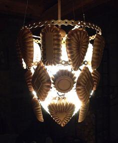 Redesigned by Vicky Maria Hvidsten. Lampe av sandkakeformer. Lamp of sand cake…