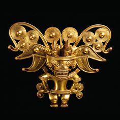 Anthropomorphic pectoral, Colombia, Tairona, AD 900–1600.  © Museo del Oro – Banco de la República, Colombia.