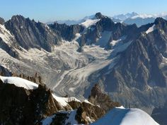 Chamonix is up to expectations when it comes to excellent conditions offered by a ski destination in Europe.