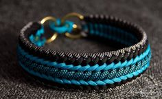Paracord Dog CollarParacord Dog Collar: 5 Steps (with Pictures)Quandos Puzzle Paracord Collar, Paracord Dog Leash, Paracord Braids, Paracord Tutorial, Bracelet Tutorial, Paracord Ideas, Paracord Bracelet Designs, Paracord Bracelets, Bracelets For Men