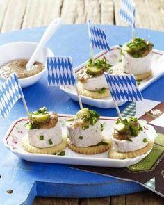 Das Rezept für Weißwurstscheiben mit süßem Senf und weitere kostenlose Rezepte auf LECKER.de (Party Top Snacks)