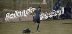 """""""Bailando fútbol"""", una divertida serie de anuncios de la Revista Líbero que nos enseña esta lección: """"Si sabéis jugar al fútbol, sabéis bailar""""."""