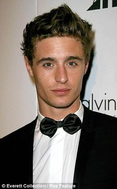 Max Irons has inherited Jeremy's English charm also very cute