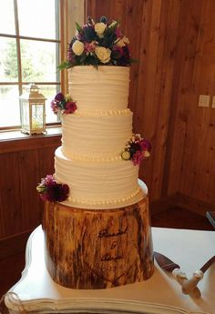 3 Layer Wedding Cake By Desserts Holly At The Carriage House Houston