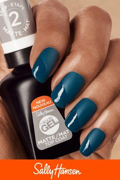 May 2019 - Miracle Gel is Sally Hansen's ultimate chip-resistant polish. Get a gel-like mani in just 2 simple steps. Creating a customizable look by combining our matte & shiny topcoat for a trendy take on nail art. Cute Summer Nail Designs, Cute Summer Nails, Cute Nails, Pretty Nails, Diy Nails, Gel Manicure, Glitter Nails, Acrylic Nail Designs, Nail Art Designs
