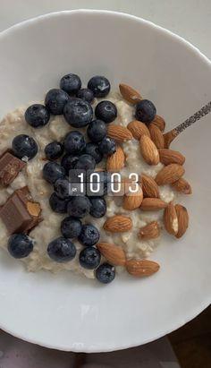 Think Food, Love Food, Comidas Fitness, Plats Healthy, Healthy Snacks, Healthy Recipes, Food Goals, Food Is Fuel, Aesthetic Food