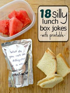 Silly Lunch Box Jokes for Kids lunch box jokes for kids (with printable) too cute!lunch box jokes for kids (with printable) too cute! Lunch Box Bento, Sac Lunch, Lunch Snacks, Snack Bags, Bug Snacks, Packing Lunch, Lunch Bags, Kids Lunch For School, School Lunches