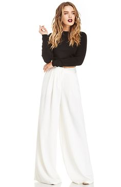 Classic Wide Leg Pants in Ivory XS - S | DAILYLOOK