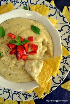 Vegan queso! Vegan Gluten Free, Gluten Free Recipes, Vegan Vegetarian, Vegetarian Recipes, Healthy Recipes, Vegan Food, Dairy Free, Easy Delicious Recipes, Yummy Food