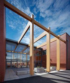 Heathfield Primary School / Holmes Miller Architect