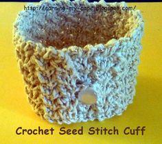 Earning-My-Cape: Crochet Seed Stitch Cuff {free pattern}
