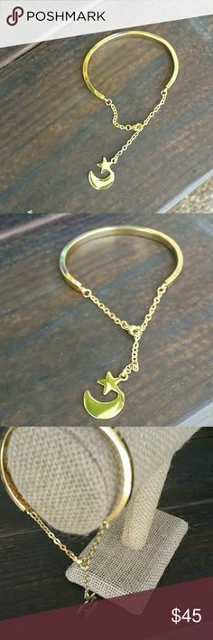 18k gold plated charm bracelet A statement piece,  chunky, 18k gold plated,  perfect for a present! Jewelry Bracelets