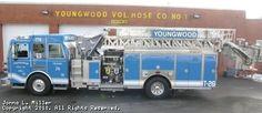 Youngwood Volunteer Fire Department - Tower 26, 2006 Sutphen