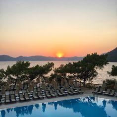 #sunset #marmaris #mugla #turkey ✈️ #traveling #vacation #visiting #traveler #trip #holiday #photooftheday #fun #travelling #tourism #tourist #lovelife #ilove #sensimar