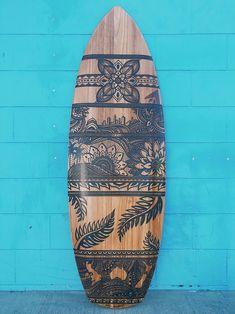 Surfboard Painting, Surfboard Art, Skateboard Art, Deco Surf, Art Boards, Penny Boards, Sound Art, Scary Art, Beach Design