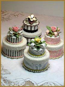 """Little Cake"" Wedding Favor Box"