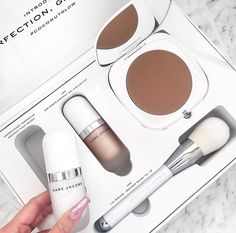 Marc Jacobs #coconutglow set