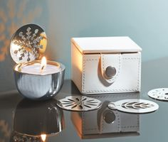 Perfect for travel or home - Changing Seasons Travel Tealight Holder Set. What a beautiful gift for that on the go person in your life. Www.partylite.biz/kellyrowat