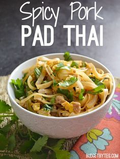 This simple ground pork pad thai has a splash of sriracha to give it a little kick. Customize with your own mix of vegetables and toppings. @budgetbytes