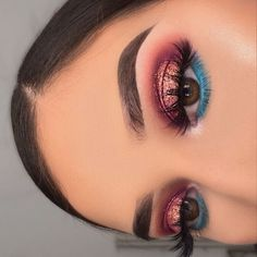 51 Stunning Makeup Looks To Try This Season 43 - Hair and Beauty eye makeup Ideas To Try - Nail Art Design Ideas Glam Makeup, Skin Makeup, Eyeshadow Makeup, Chanel Makeup, Dramatic Makeup, Creative Eye Makeup, Colorful Eye Makeup, Purple Makeup, Makeup Eye Looks