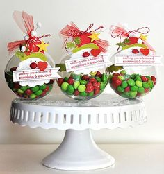 Ornament Treat Holder's (could use Ikea spice jars? Christmas Goodies, Christmas Treats, All Things Christmas, Christmas Holidays, Christmas Decorations, Christmas Ornaments, Christmas Classroom Treats, Classroom Crafts, Christmas Recipes