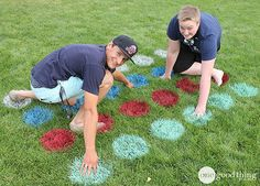 Awn Twister Creative Family Reunion Ideas, DIY Backyard Games for the Whole Family - Will Make Summer Even More Awesome! These outdoor games are perfect for your next BBQ or picnic! Outdoor Twister, Outdoor Games For Kids, Games For Teens, Outdoor Fun, Outdoor Entertaining, Outdoor Parties, Twister Game, Ideas, Backyard Games