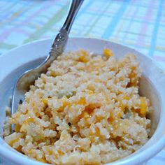 Quinoa Mac and Cheese.. I'm going to try this with broccoli and mushrooms