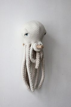 Small Albino Octopus <O> Stuffed Animal <O>  Plush Toy